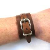 Poignet de Force 1 boucle cuir véritable marron fabrication française artisan Voyageur