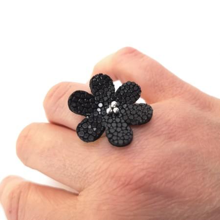 Bague Fleur de Galuchat Noir femme